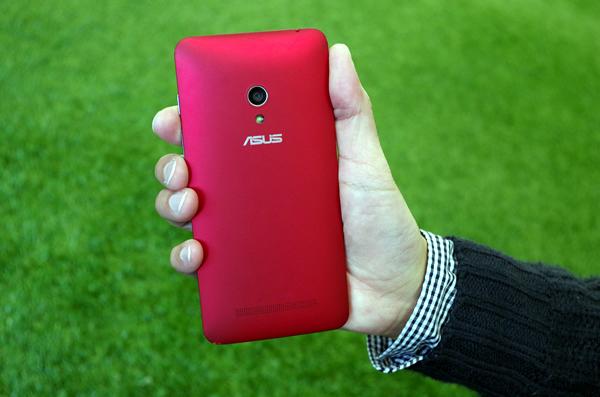 ZenFone5の画像