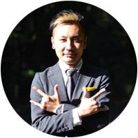 石田ヤス彦.