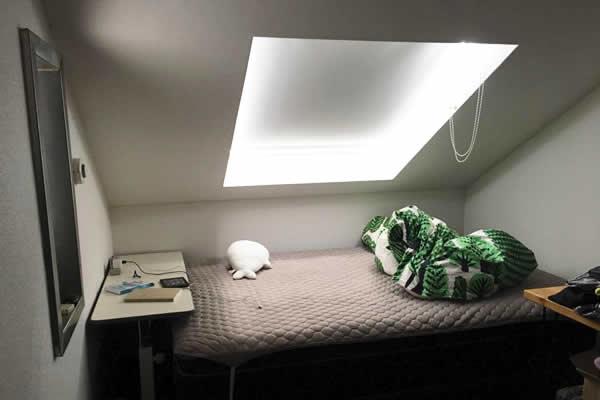 太郎さんの同棲部屋1:寝室