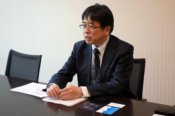iDeCoのメリットを語るSBI証券の橋本さん