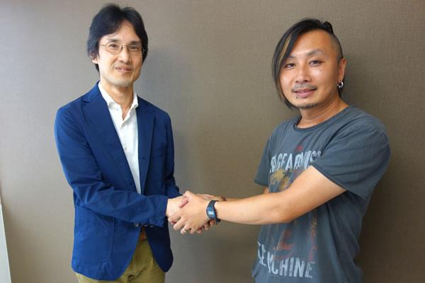 後田さんとヤス石田の握手